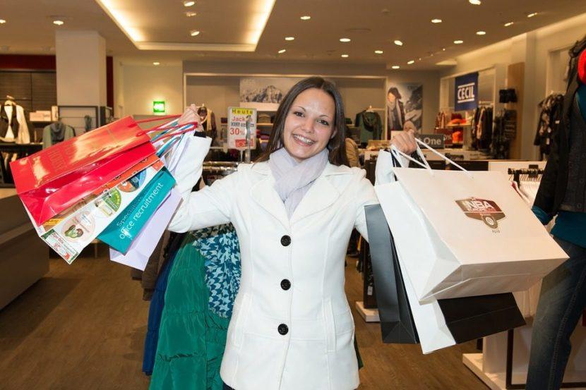 Tote bag publicitaire un accessoire utile et efficace pour les courses